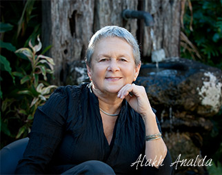 Photo of Alakh Analda, breathwork mastery trainer
